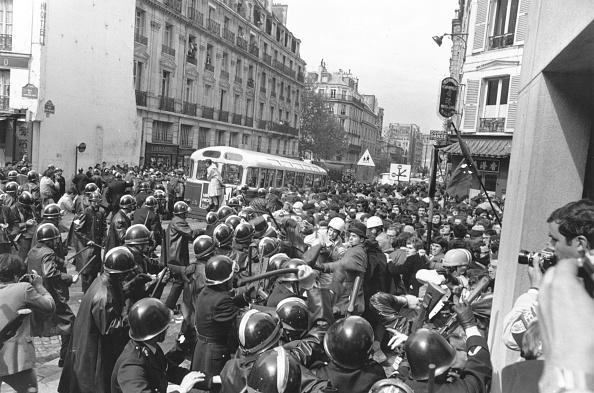 Reg Lancaster「Paris Riot」:写真・画像(11)[壁紙.com]