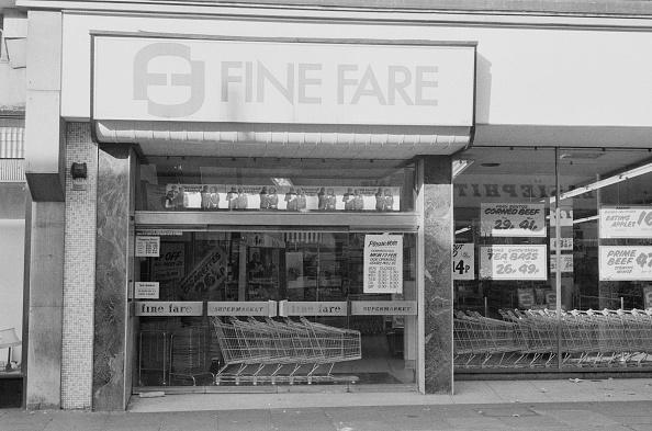 In A Row「Fine Fare」:写真・画像(16)[壁紙.com]