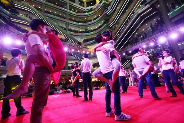 七夕「Chinese Valentine's Day Celebrated Over China」:写真・画像(14)[壁紙.com]
