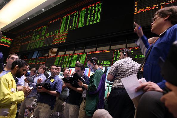 Flooring「Price Of Oil Per Barrel Rises Above 70 Dollars」:写真・画像(7)[壁紙.com]