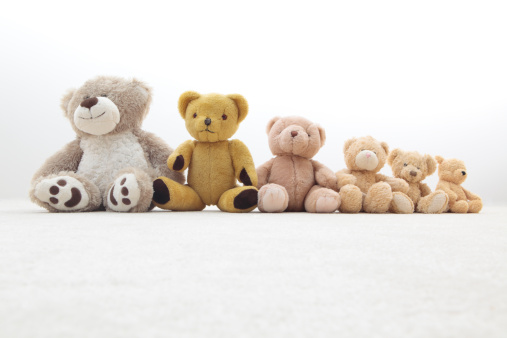 Medium Group Of Objects「teddy bears in a row」:スマホ壁紙(12)