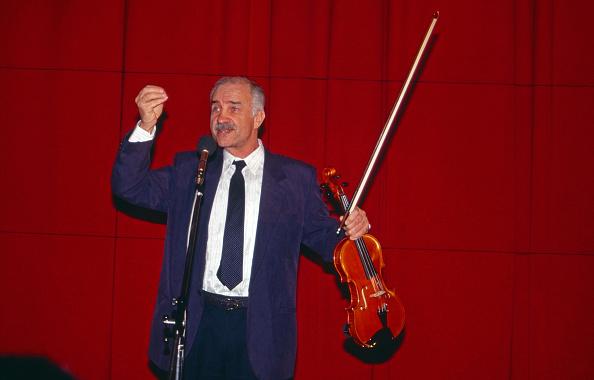 Violin「Armin Mueller-Stahl」:写真・画像(10)[壁紙.com]