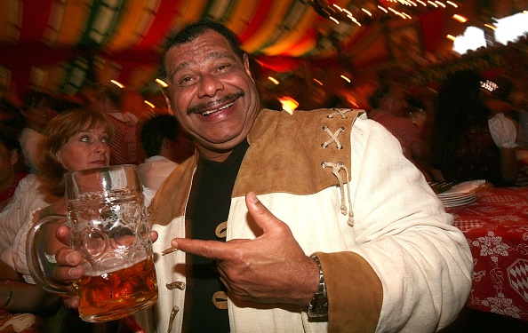 Beer Festival「Celebrities At The Oktoberfest Day 5」:写真・画像(19)[壁紙.com]