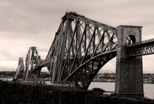 19th Century「Firth of Forth Rail Bridge in Edinburgh Scotland」:スマホ壁紙(5)