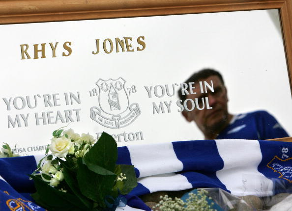 Liverpool F「The Search Continues For The Killer Of Rhys Jones」:写真・画像(5)[壁紙.com]