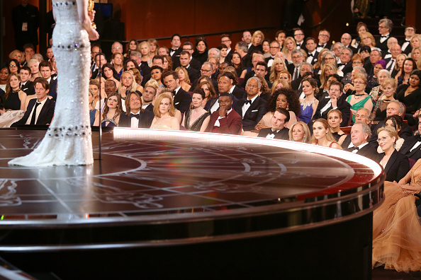 2015年「87th Annual Academy Awards - Backstage And Audience」:写真・画像(3)[壁紙.com]