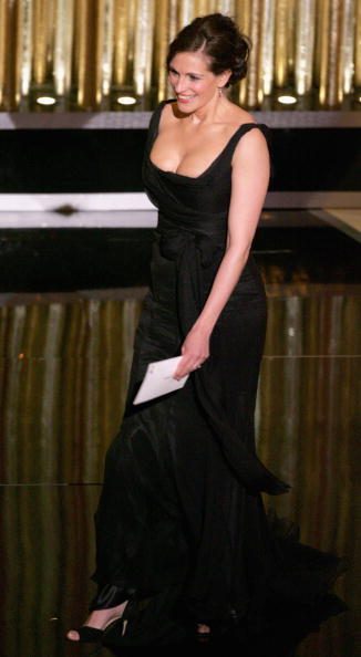 Chiffon「The 77th Academy Awards - Show」:写真・画像(11)[壁紙.com]