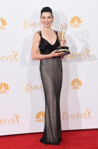 Embroidery「66th Annual Primetime Emmy Awards - Press Room」:写真・画像(2)[壁紙.com]