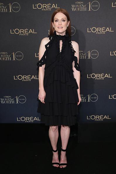 One Person「L'Oreal Paris Women of Worth 2015 Celebration - Arrivals」:写真・画像(12)[壁紙.com]
