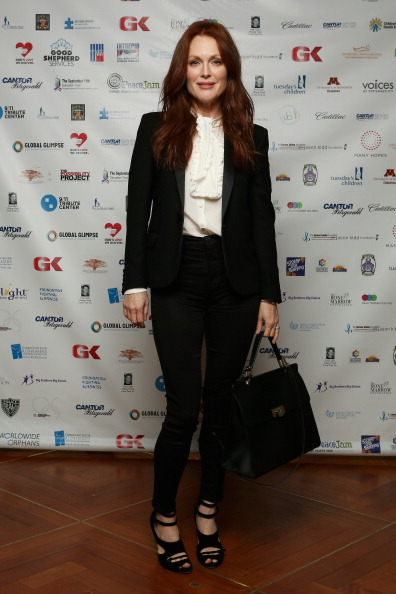 White Blouse「Annual Charity Day Hosted By Cantor Fitzgerald And BGC - Cantor Fitzgerald Office」:写真・画像(4)[壁紙.com]
