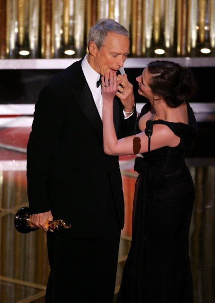 Chiffon「77th Annual Academy Awards」:写真・画像(10)[壁紙.com]