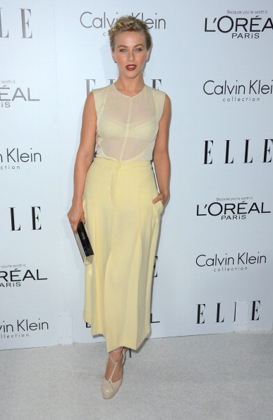 Slit - Clothing「19th Annual ELLE Women In Hollywood Celebration - Arrivals」:写真・画像(1)[壁紙.com]