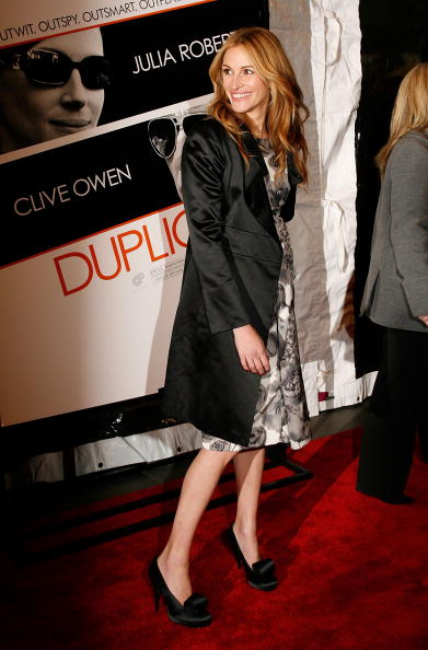 "Overcoat「Premiere Of ""Duplicity"" - Outside Arrivals」:写真・画像(18)[壁紙.com]"
