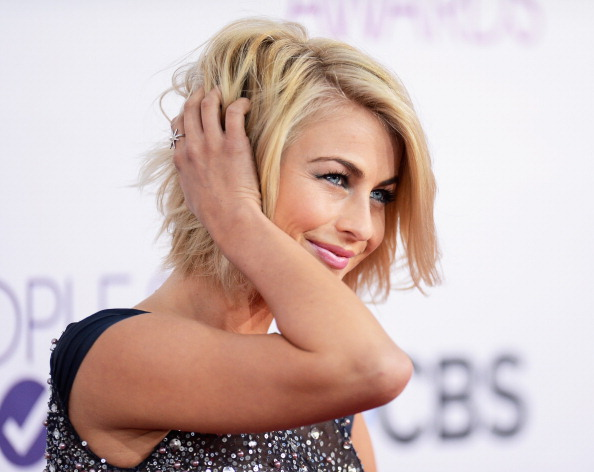 Hairstyle「39th Annual People's Choice Awards - Arrivals」:写真・画像(5)[壁紙.com]