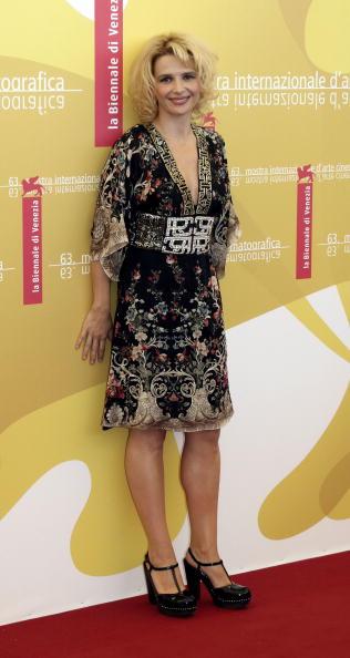 Bleached Hair「63rd Venice Film Festival : 'Quelques Jours En Septembre' - Photo call」:写真・画像(19)[壁紙.com]