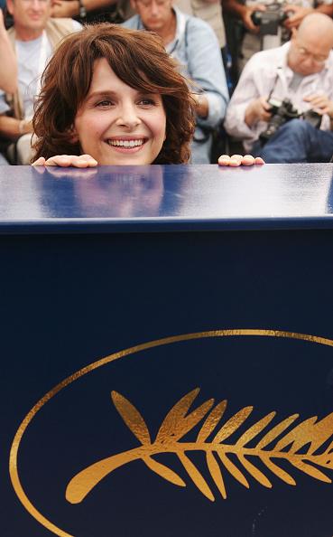 60th International Cannes Film Festival「Cannes - Le Voyage Du Ballon Rouge - Photocall」:写真・画像(2)[壁紙.com]