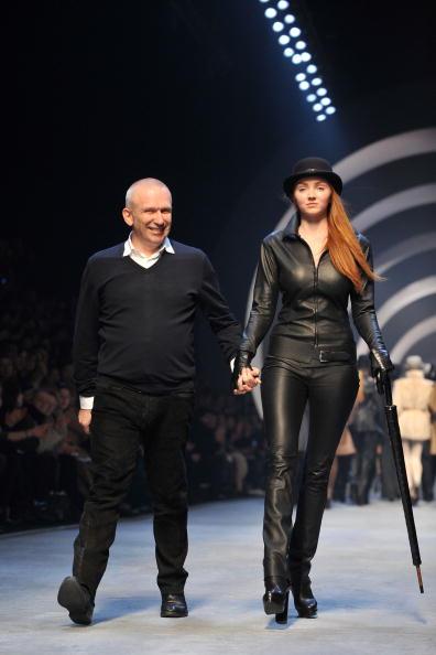 既製服「Hermes - PFW - Ready To Wear - Fall/Winter 2011 - Show」:写真・画像(7)[壁紙.com]