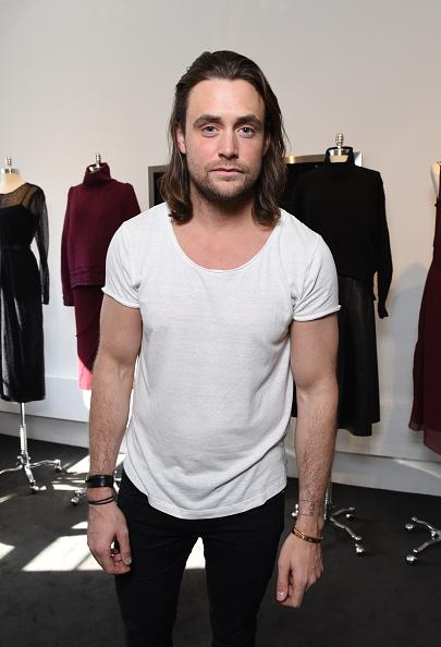 Albert Urso「Jeffrey Dodd - Presentation - Fall 2016 New York Fashion Week」:写真・画像(9)[壁紙.com]
