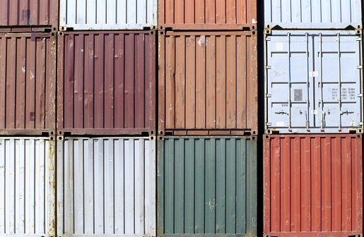 Metallic「Row of shipping containers, close-up」:スマホ壁紙(16)