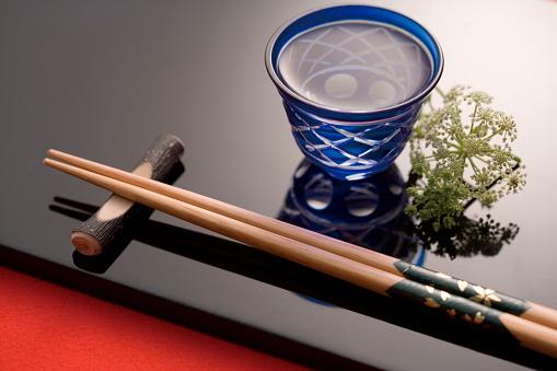 Sake「Sake and chopsticks」:スマホ壁紙(5)