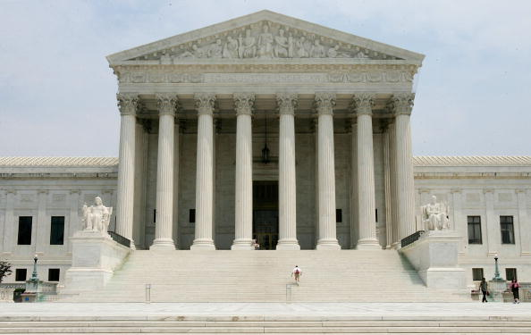 Washington DC「Supreme Court Issues Rulings On Political Ads And Faith Initiative」:写真・画像(9)[壁紙.com]