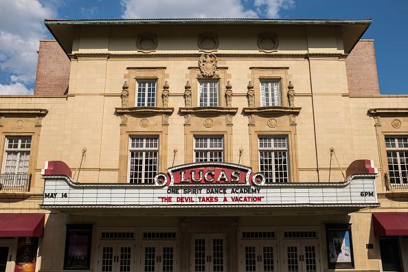 歴史「Lucas Theater」:写真・画像(1)[壁紙.com]