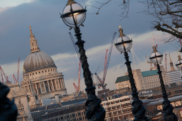 Finance and Economy「South Bank and St Paul's Cathedral, London, UK」:写真・画像(9)[壁紙.com]