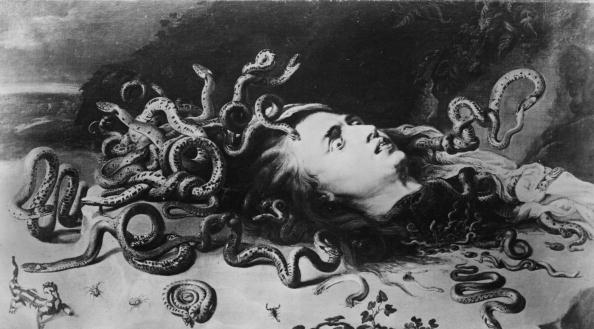 Mythology「Medusa」:写真・画像(0)[壁紙.com]
