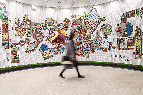 美術「Restored Paolozzi Mosaics Back On Show To The Public At London Tube Station」:写真・画像(16)[壁紙.com]