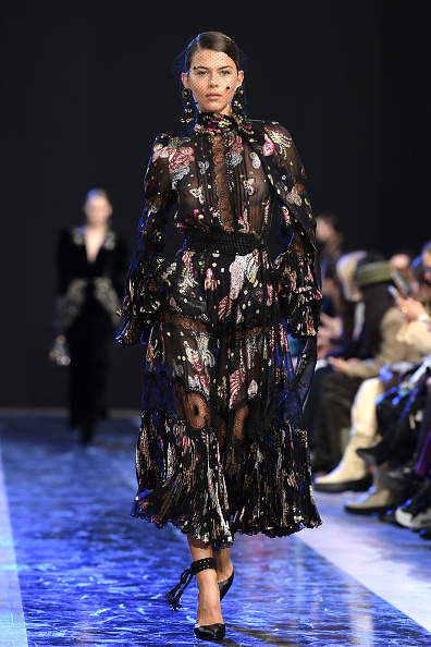 Pascal Le Segretain「Elie Saab : Runway - Paris Fashion Week Womenswear Fall/Winter 2020/2021」:写真・画像(0)[壁紙.com]