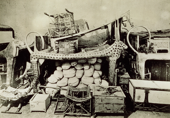 Tomb「View Of The Antechamber Of The Tomb Of Tutankhamun Looking West Vally Of The Kings November 192」:写真・画像(5)[壁紙.com]