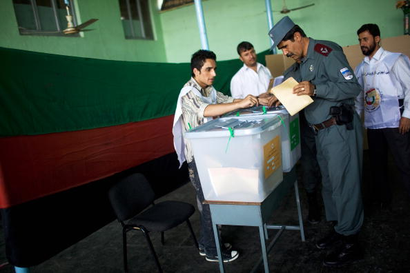 Kabul「Afghans Go To The Polls In Presidential Elections」:写真・画像(16)[壁紙.com]