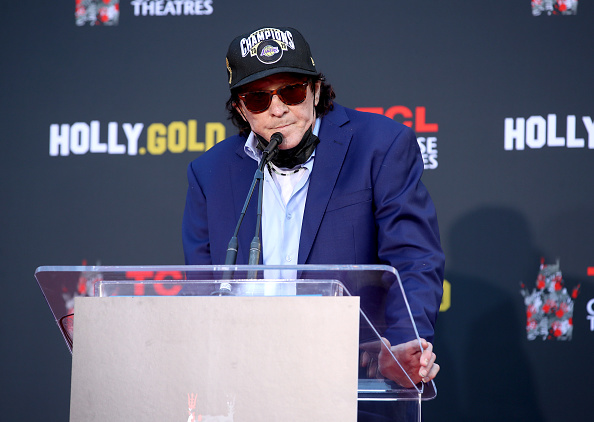 TCL Chinese Theatre「Actor Michael Madsen Hand/Footprint Ceremony In Cement At TCL Chinese Theatre」:写真・画像(19)[壁紙.com]