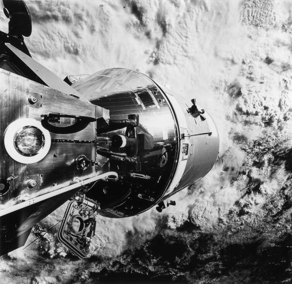 Lunar Module「Earth From Apollo 9」:写真・画像(9)[壁紙.com]