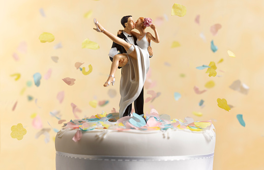 Wedding「Just married wedding cake figurine」:スマホ壁紙(5)