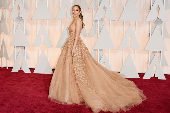 イブニングドレス「87th Annual Academy Awards - Arrivals」:写真・画像(15)[壁紙.com]