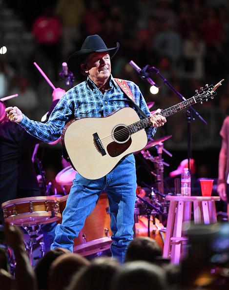 ラスベガスアリーナ「Strait To Vegas - George Strait In Concert - September 9, 2016」:写真・画像(7)[壁紙.com]