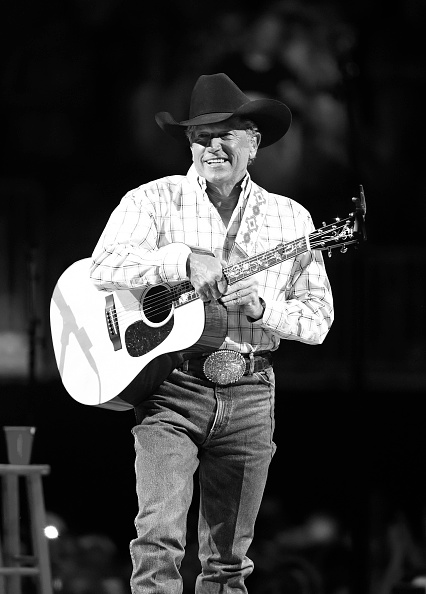 Ethan Miller「Strait To Vegas - George Strait With Kacey Musgraves In Concert - April 22, 2016」:写真・画像(11)[壁紙.com]