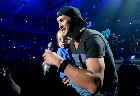 Gulf Coast States「iHeartRadio Country Festival In Austin - Onstage」:写真・画像(11)[壁紙.com]