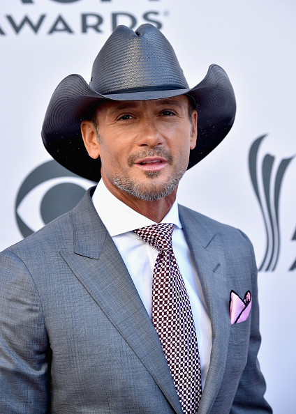 Academy Awards「52nd Academy Of Country Music Awards - Arrivals」:写真・画像(3)[壁紙.com]