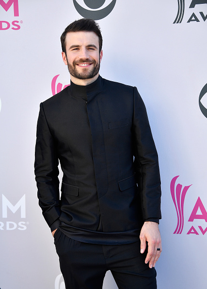 Academy Awards「52nd Academy Of Country Music Awards - Arrivals」:写真・画像(15)[壁紙.com]