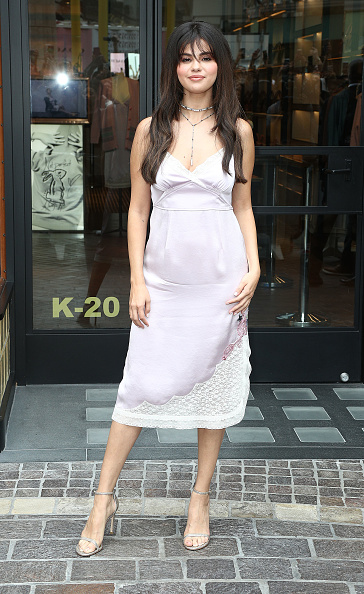 Selena Gomez「Coach Hosts Meet + Greet with Selena Gomez at The Grove」:写真・画像(4)[壁紙.com]