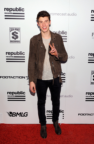Casual Clothing「Republic Records Grammy Celebration Presented By Chromecast Audio At Hyde Sunset Kitchen & Cocktail」:写真・画像(13)[壁紙.com]