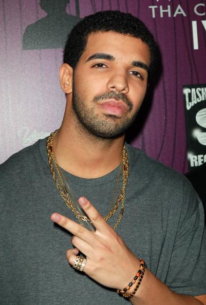 "Drake - Entertainer「Cash Money Records' Lil Wayne Album Release Party For ""Tha Carter IV""」:写真・画像(10)[壁紙.com]"