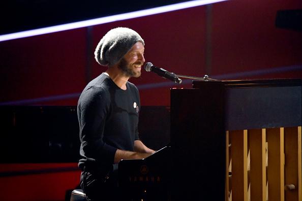 Coldplay「60th Annual GRAMMY Awards - I'm Still Standing: A GRAMMY Salute To Elton John - Show」:写真・画像(8)[壁紙.com]