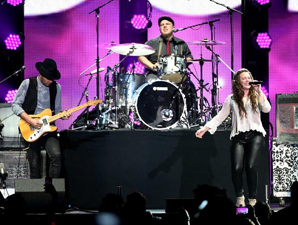 Sponsor「iHeartRadio Fiesta Latina Presented By Sprint - Show」:写真・画像(15)[壁紙.com]