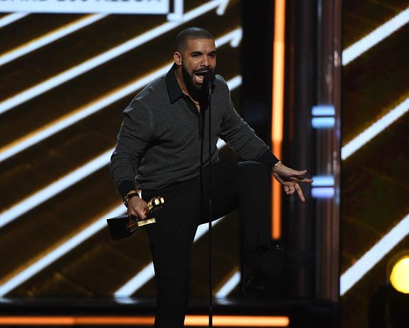 Drake - Entertainer「2017 Billboard Music Awards - Show」:写真・画像(11)[壁紙.com]