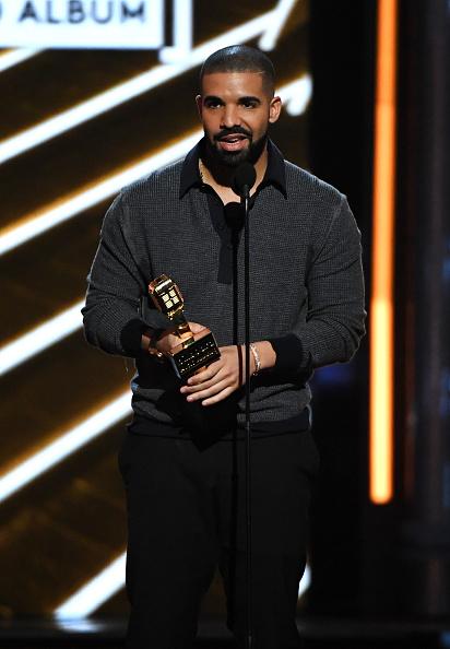 Drake - Entertainer「2017 Billboard Music Awards - Show」:写真・画像(12)[壁紙.com]