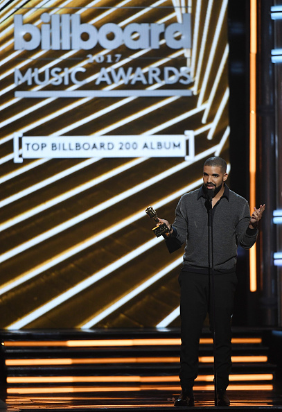 Drake - Entertainer「2017 Billboard Music Awards - Show」:写真・画像(4)[壁紙.com]