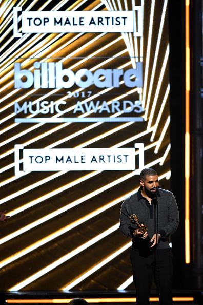 Drake - Entertainer「2017 Billboard Music Awards - Show」:写真・画像(1)[壁紙.com]